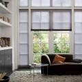Tende plissettate scure Luxaflex soggiorno
