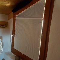 Tende plissettate su misura chiuse per finestra